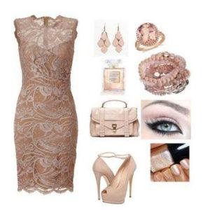 ملابس واحذية النساء